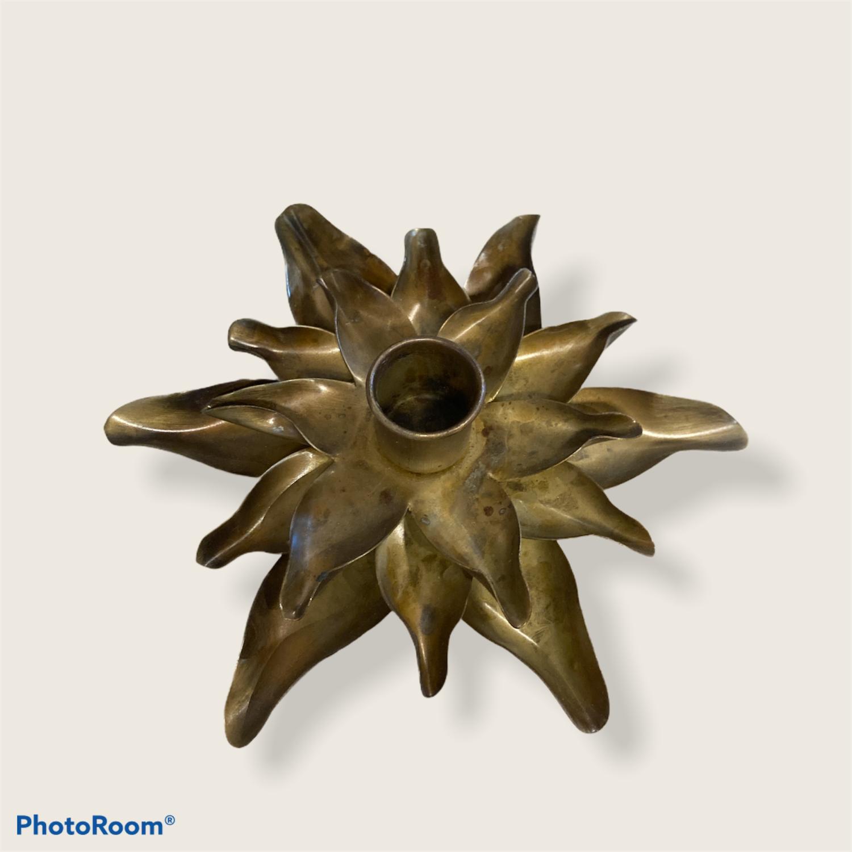 Kronelysholder vannlilje messing