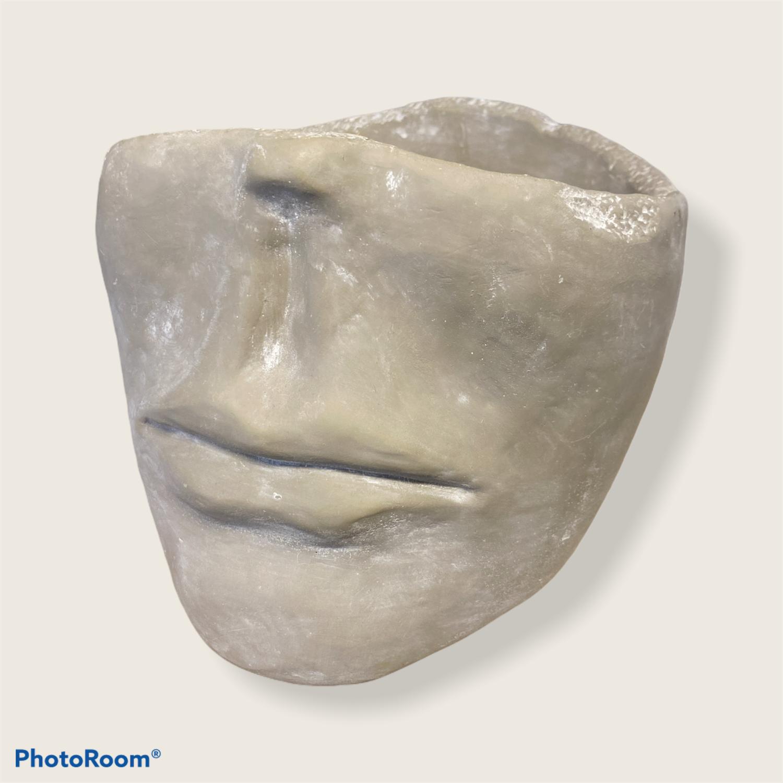 Krukke ansikt betong L