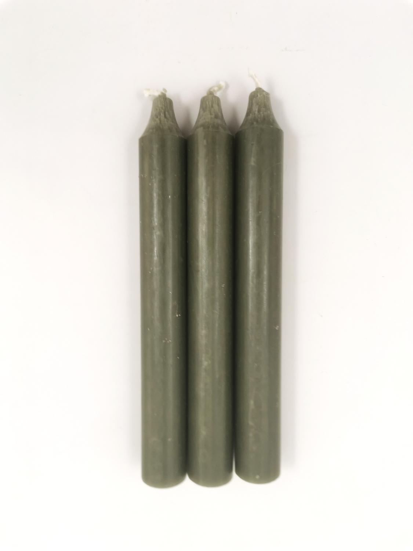 Kronelys korte 18 cm. Skogsgrønn