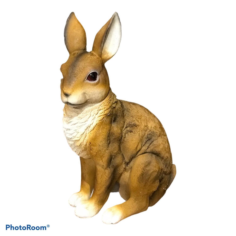 Hare, natur. 23x15x35cm